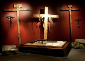 "The ""Portolà Cross"" installation in the OMCA's Gallery of California History. Photo by Terry Lorant."